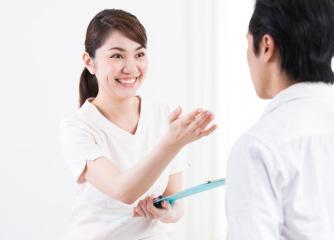 診察風景(イメージ) 働く人の健康診断について   札幌複十字総合健診センター 健康診断・巡回健